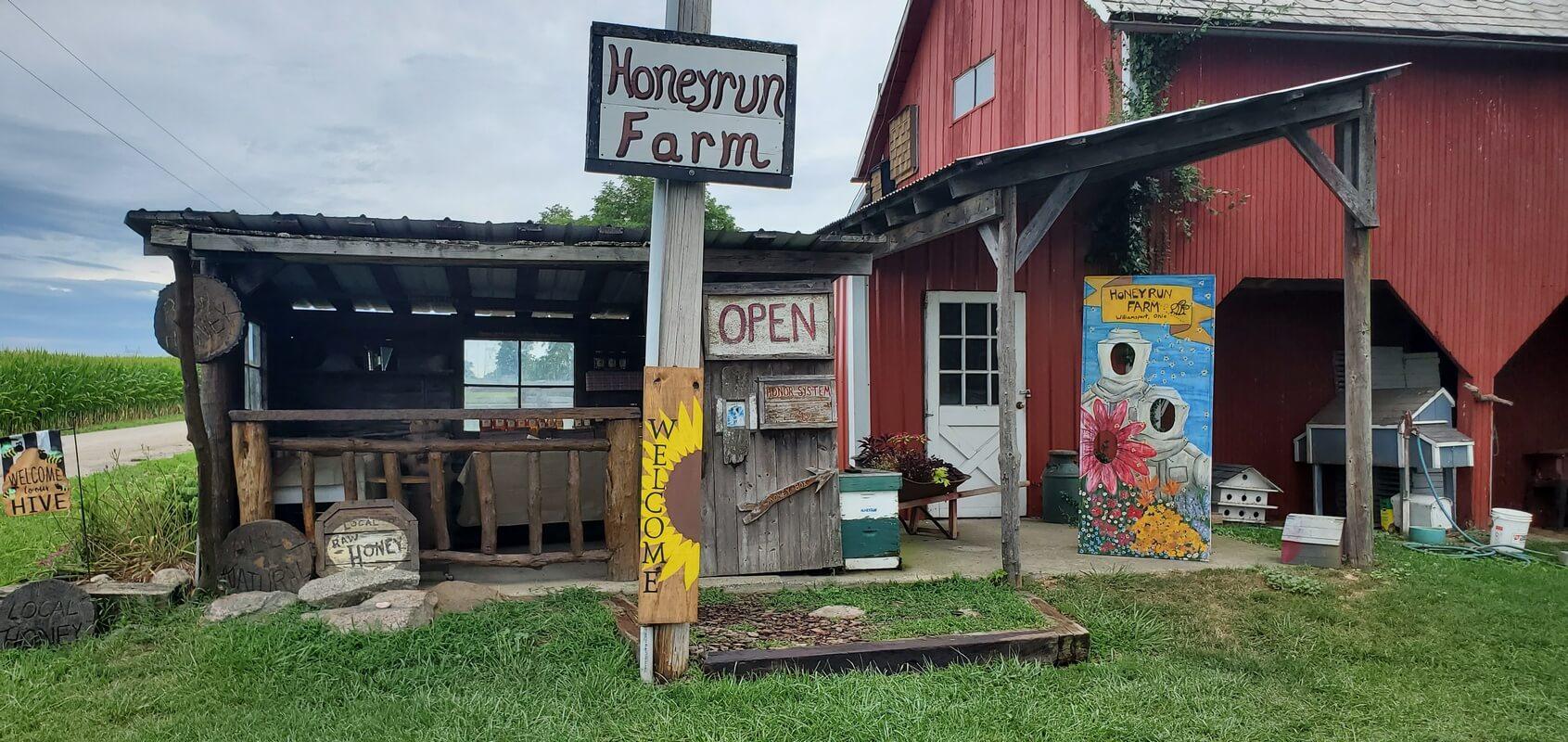 Honeyrun Farm Stand in Williamsport, Ohio